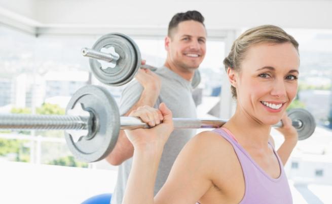 фитнес тренировка мъж жена