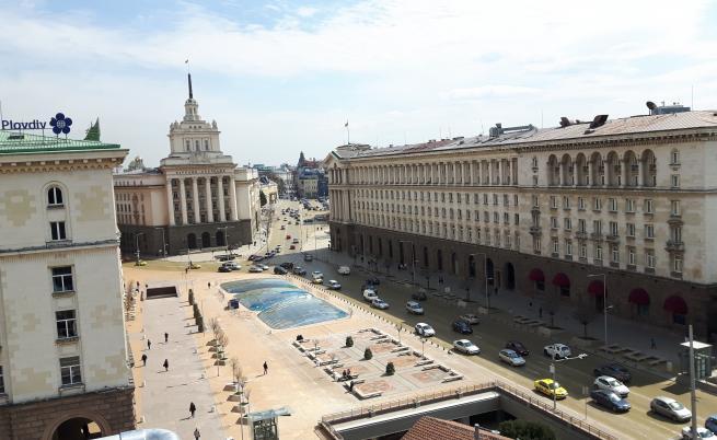 Обвинения, заплахи и милиони, Ангелов, Ларгото, БСП и ГЕРБ