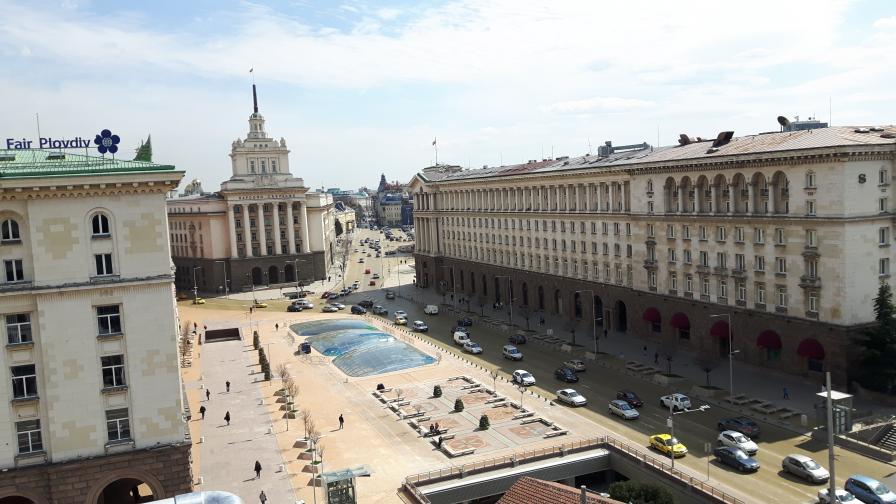 <p>Обвинения, заплахи и милиони, Ангелов, Ларгото, БСП и ГЕРБ</p>