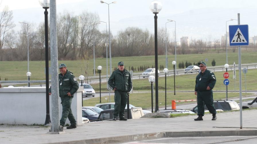 Няма данни за конкретна заплаха за България, МВР с учение в метрото