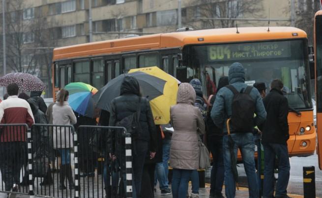 """Районът на """"Плиска"""" е един от най-натоварените заради много автобуси, които минават ."""