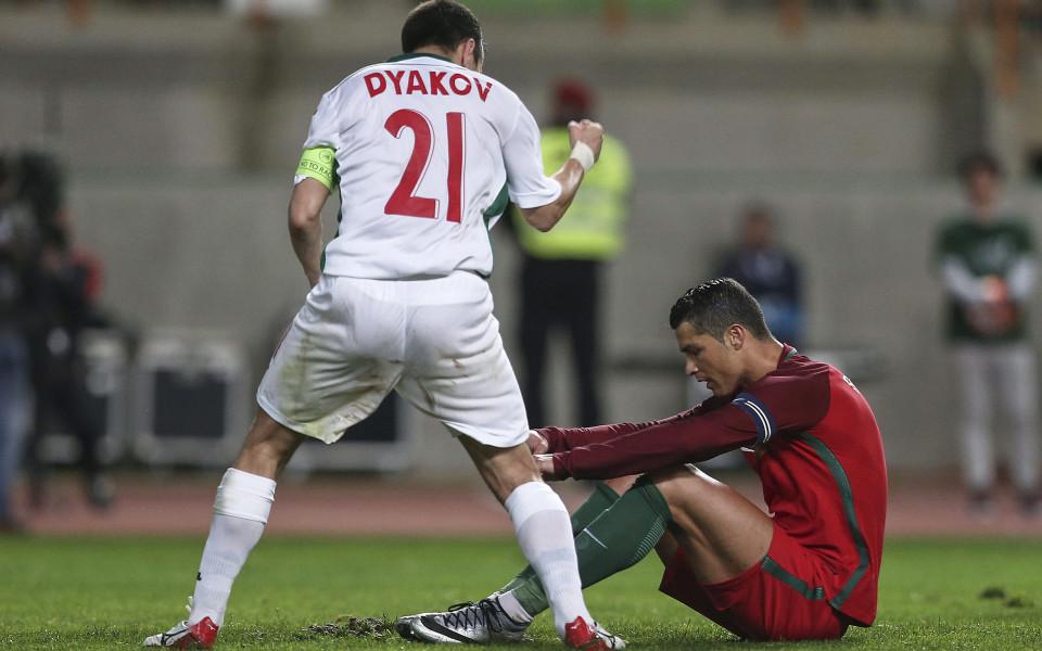 Световните медии хвалят Владо Стоянов и се смеят на Роналдо