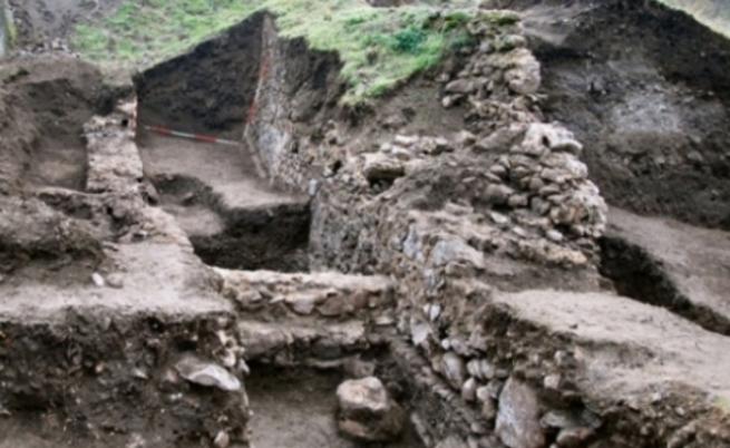 Скелети на гигантски хора в Бургас стават туристическа атракция