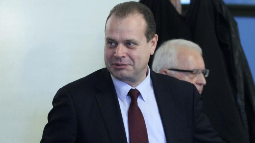БСП поиска оставката на шефа на АПИ