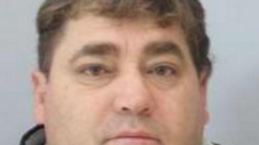 Таксиметровият шофьор, убил жена си, се е самозапалил