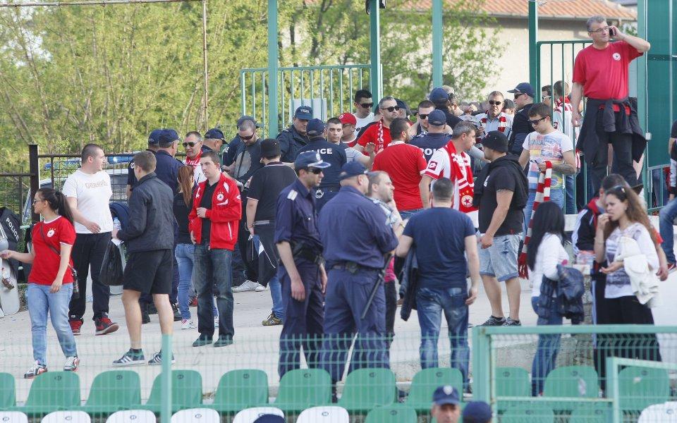 СНИМКИ: Солидно присъствие във ВИП-ложата на стадион Берое