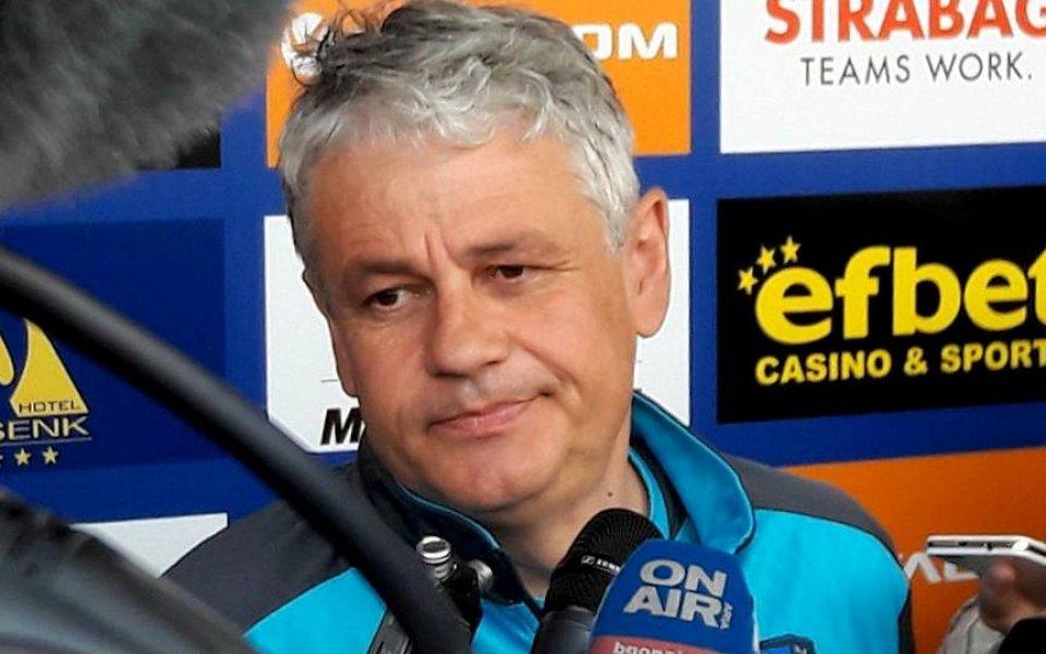 Стоев: За седмица не съм станал по-добър треньор, но съм по-опитен