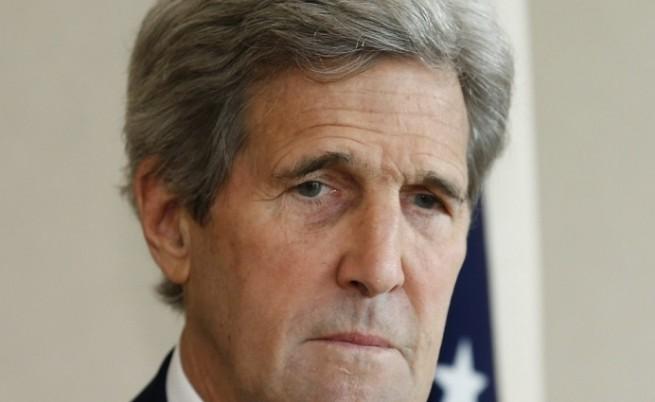 САЩ са в правото си да свалят руски самолети, заяви Кери