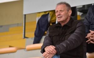 Позната треньорска рулетка се завърта в отбора на Чочев