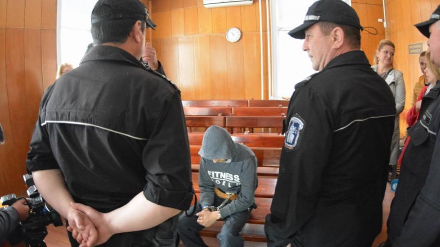 Обвиненият за убийството на Александра: Оставих я жива