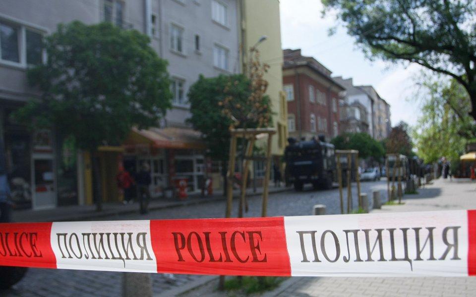СНИМКИ: Здрава охрана на протеста на ЦСКА