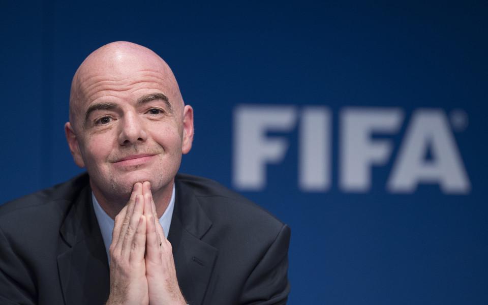 Джани Инфантино иска Мондиал 2022 да се проведе за 28 дни