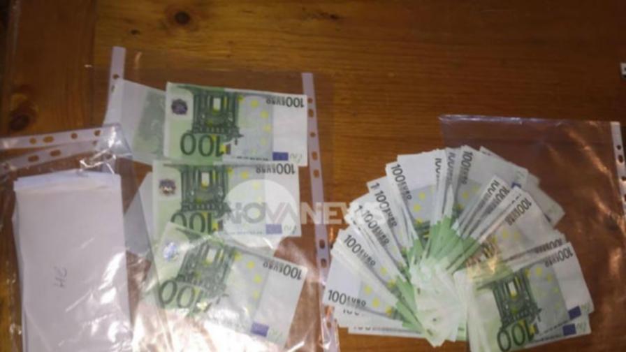 Печатница за пари и фалшиви милиони хванаха в село