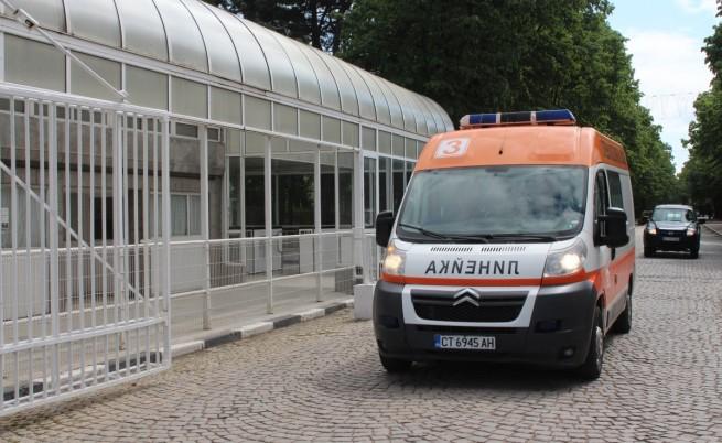 Дете почина в училище, обвинения към линейката