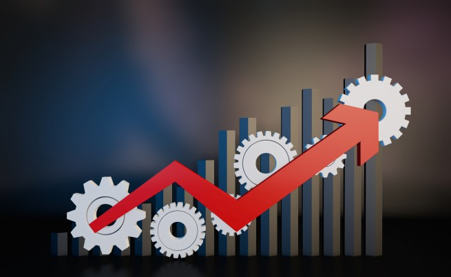Българската икономика се забавя, потреблението расте