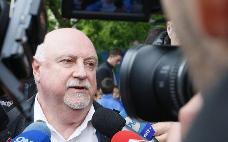 Баждеков недоволен, новият формат ощетява Левски