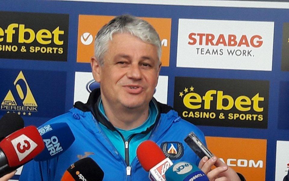 Стойчо Стоев дава шанс и на резервите да се докажат