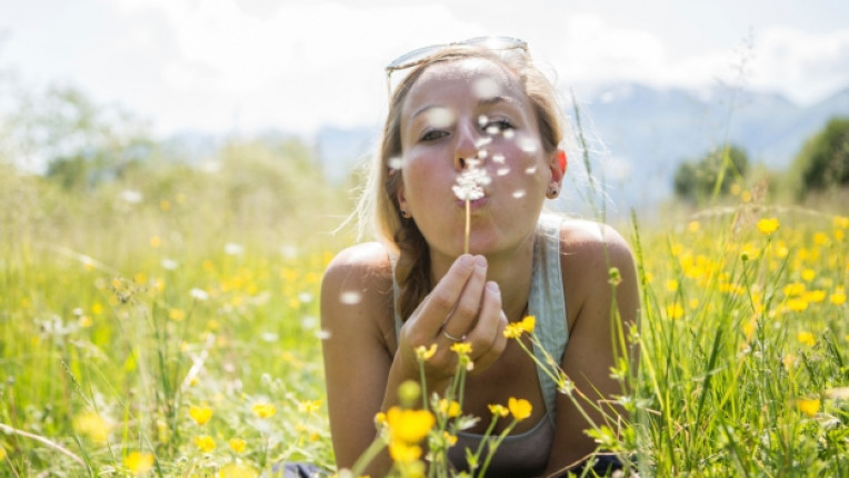 щастие здраве лято пролет семейство