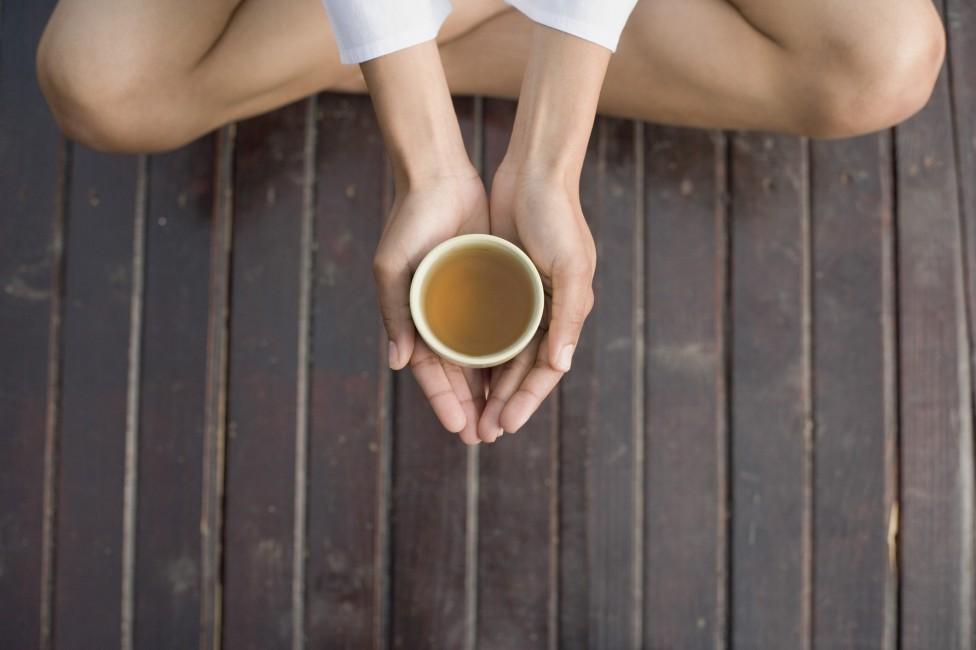 - Чашата чай.