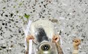Фенка на Реал се снима гола заради трофея (СНИМКИ 18+)