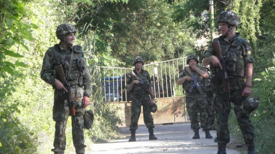"""Армията патрулира на ГКПП """"Кулата-Промахон"""""""