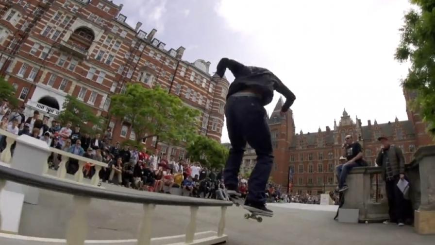 Впечатляващи трикове на скейтборд