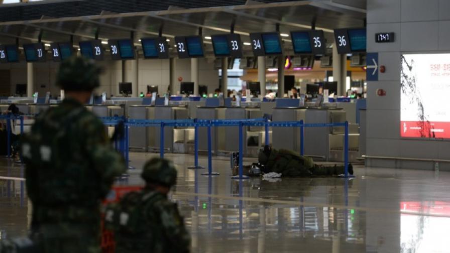 Взрив на летището в Шанхай, има ранени (видео)