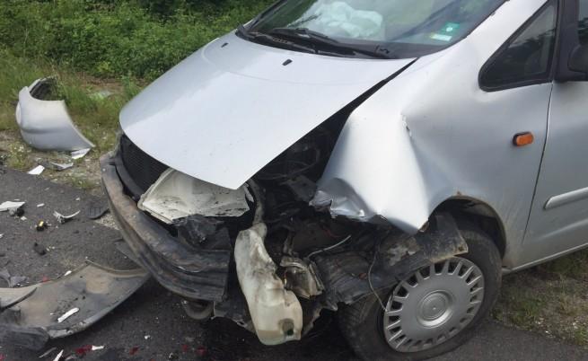 Верижна катастрофа на 5 автомобила