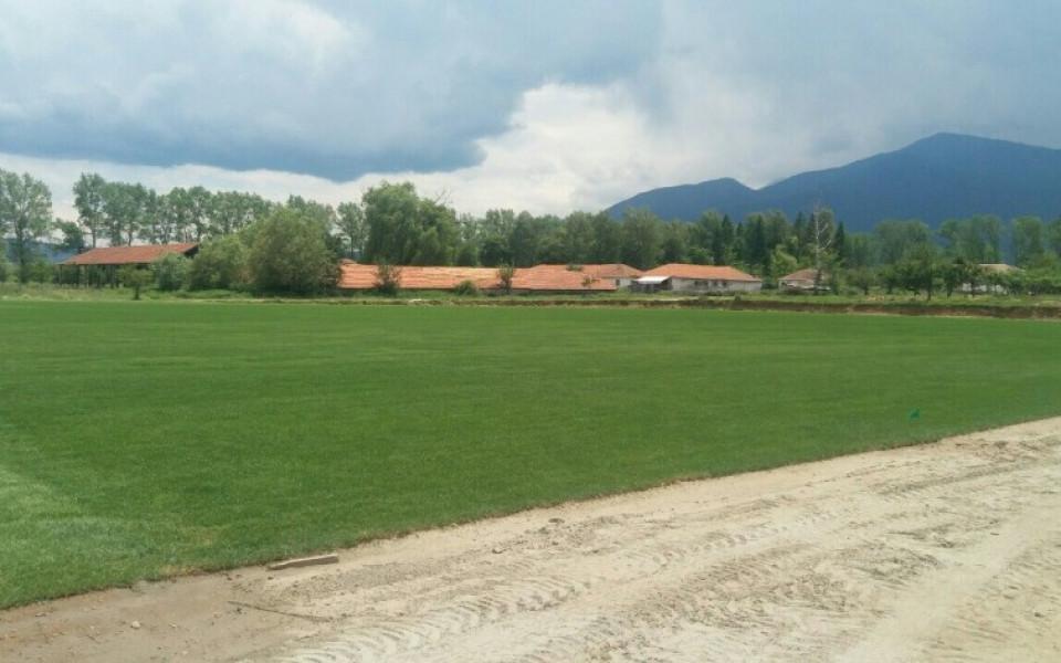 Изграждат стадион в Свети Влас