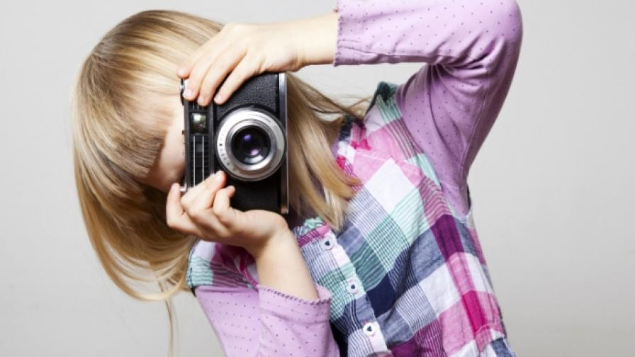Запознайте се с 9-годишната сватбена фотографка