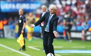 Йорданеску подаде оставка като селекционер на Румъния