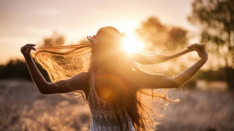 жена свобода щастие лято