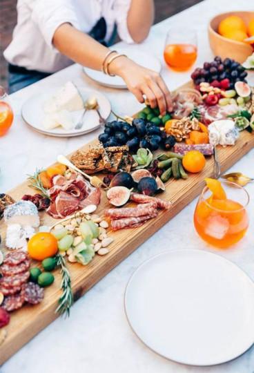 Направете си график за хранене - трябва да хапвате по-често, но малко.