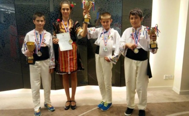 Ученици от столичното 125 СОУ с медали от международно състезание по математика