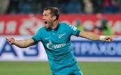 Кержаков удължи договора си със Зенит