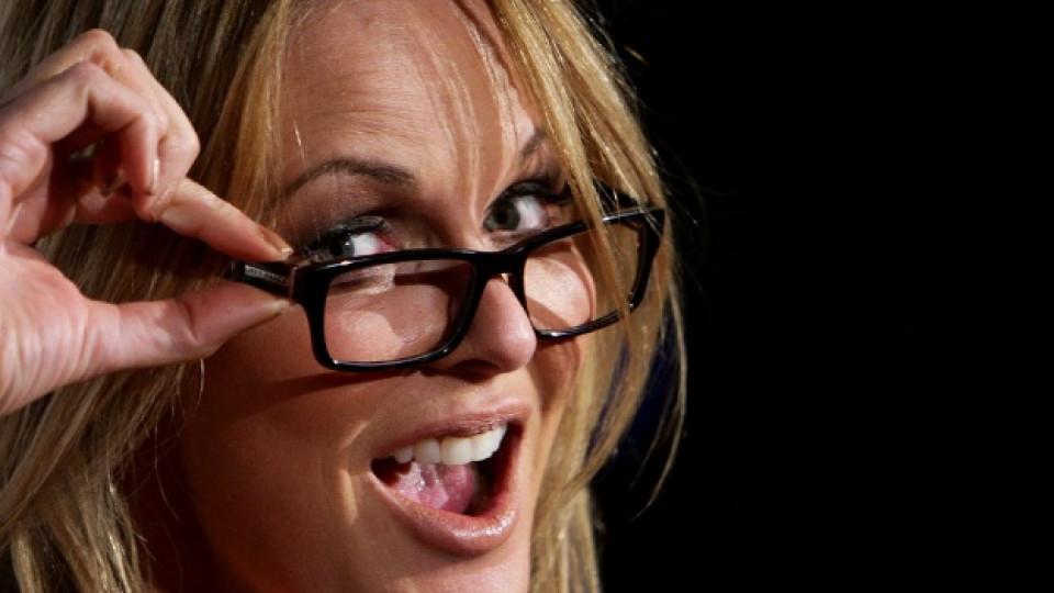 Очилата с дебели рамки - модерни и този сезон