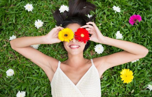<p>&bdquo;Смехът е слънцето, което пропъжда зимата от лицето на човек.&rdquo;</p>  <p>Виктор Юго</p>