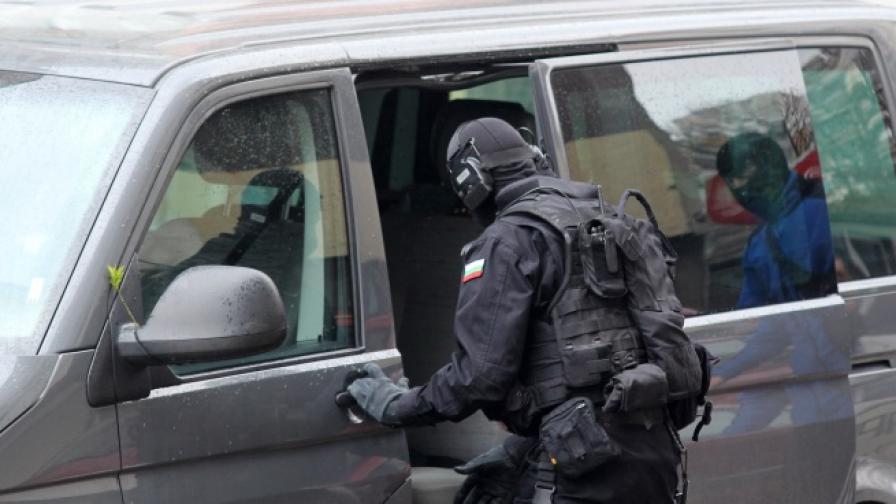 Военни могат да ни обискират и задържат при заплаха