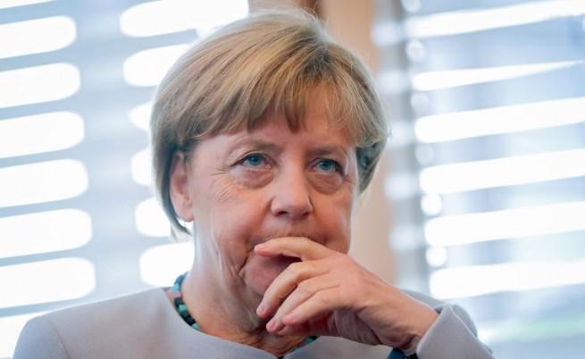 Меркел не се отказва от мигрантите въпреки терора