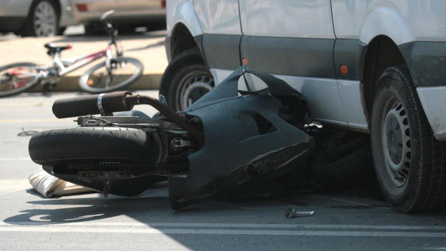 Протест в София след смъртта на моторист днес