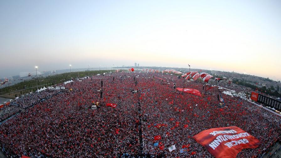 Халаф: Неслучайно Борисов ще отиде в Турция