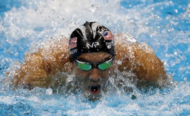 Той е най-успешният спортист в модерната история на олимпийските игри със своите 14 златни медала - 6 в Атина и 8 в Пекин