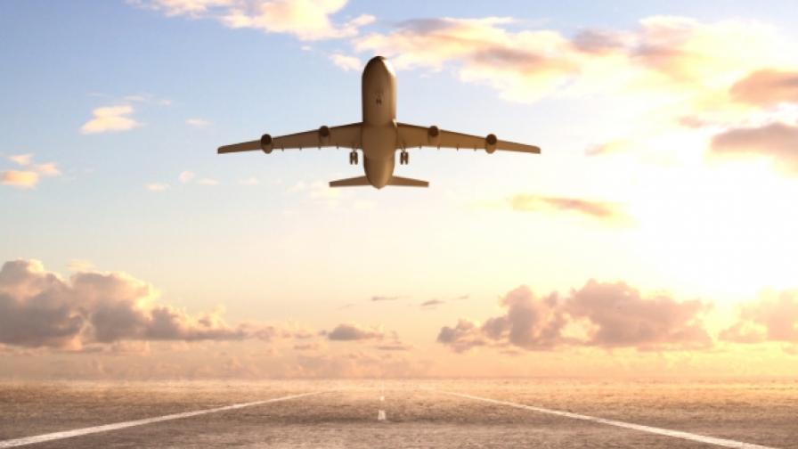 Авиокомпаниите слагат огнеупорни чанти в кабините