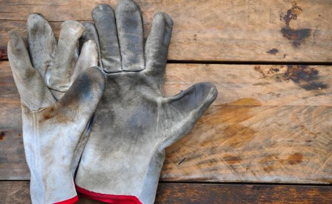 Притеснява ли те да изцапаш ръцете си по време на работа?