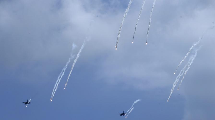 Американските Ф-15 вече пазят небето ни
