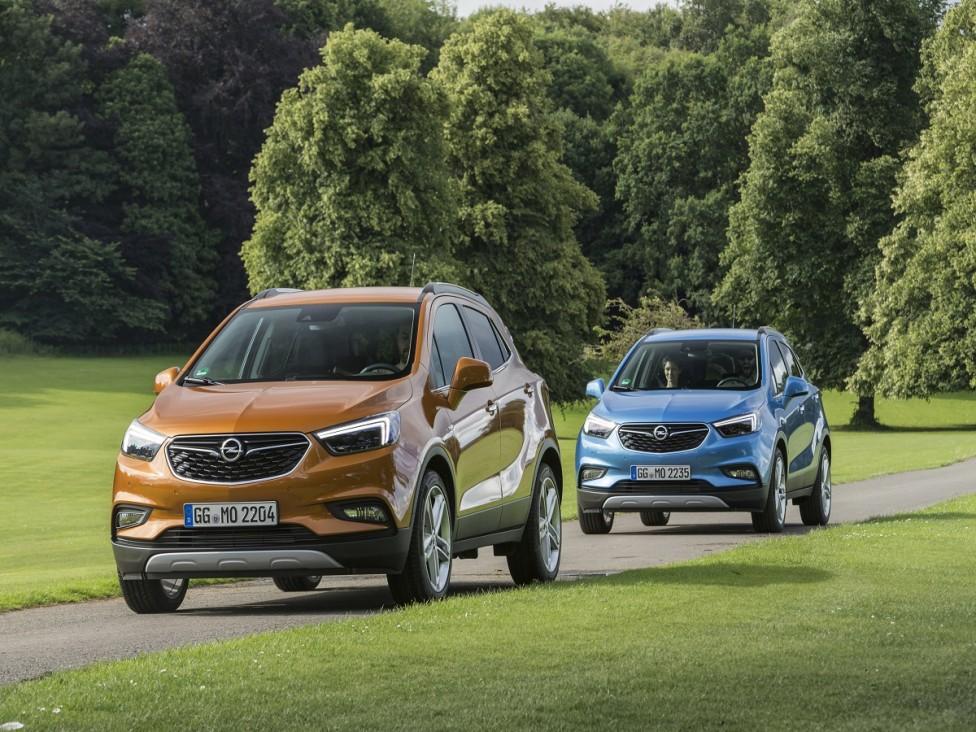 """- Макар и да не се изписва по същия начин, но чуеш ли думата """"мока"""", асоциациите са две: кафе и Opel. Аз ще ги свържа в една, защото новата Mokka X..."""