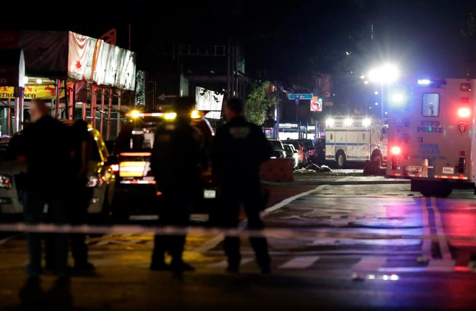 - Взрив в Ню Йорк рани 29 души, но кметът Бил де Блазио е категоричен, че няма данни експлозията да е свързана с тероризъм