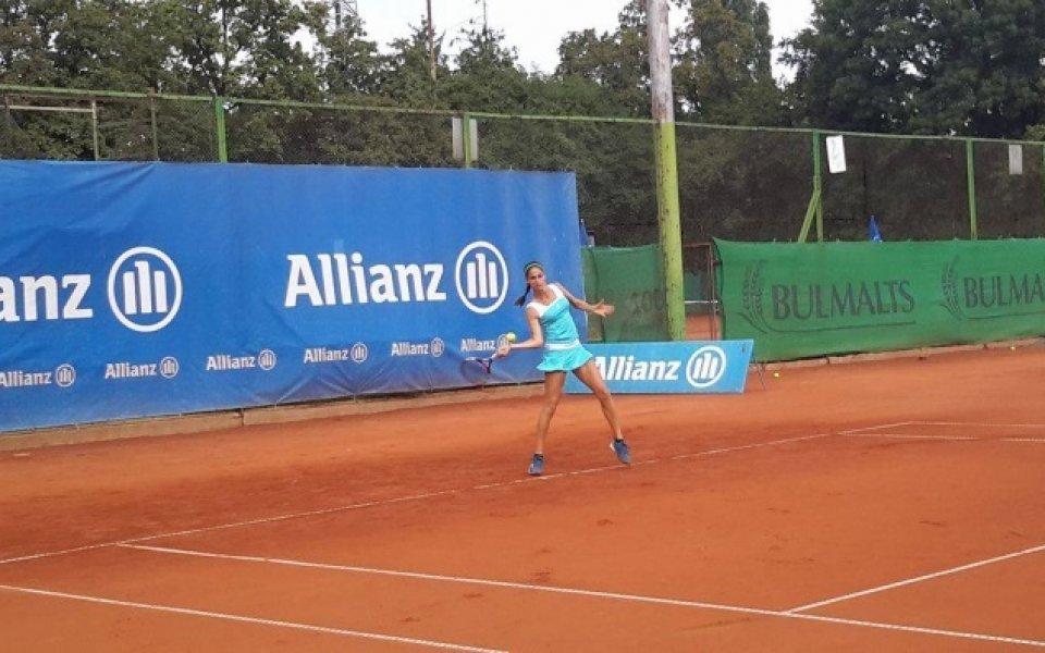 Шиникова не излезе във финала на двойки в Бая
