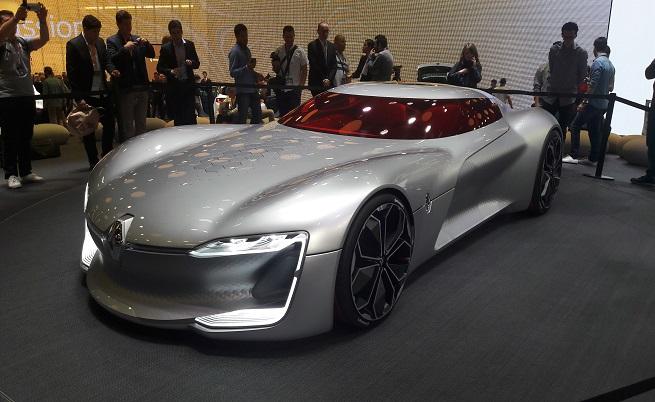 Renault шашна със спортния електромобил Tresor