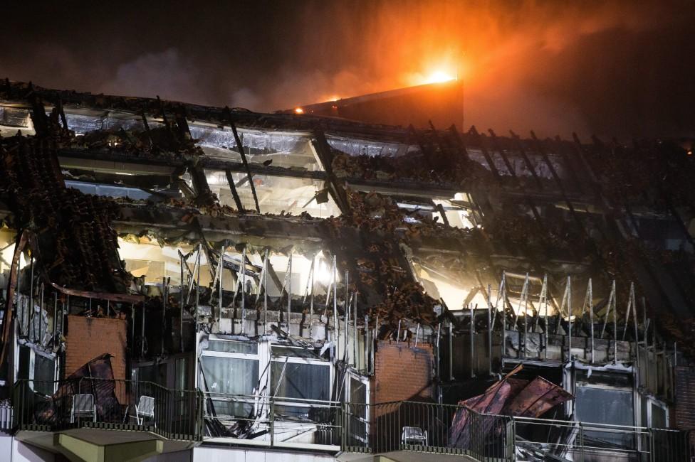 - Силен пожар стана през нощта в университетската клиника на германския град Бохум (провинция Северен Рейн-Вестфалия). До момента е известно за двама...